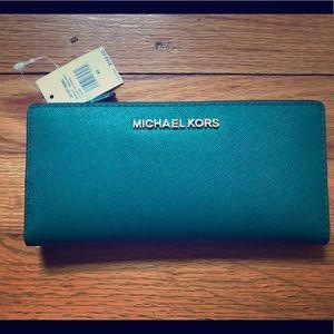 NWT Michael Kors Jet Set wallet/card case
